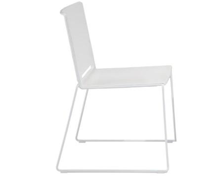 WIRY - der moderne und pflegeleichte Kunststoffstuhl in vielen ...